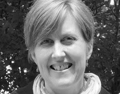Kelly Rickard - Editor - Dragonfly Editorial