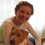 Lindsey_Alexander_holding_dog
